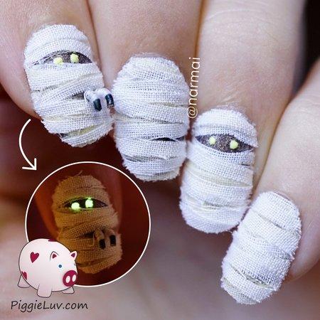 3d Mummy Nail Art For Halloween Nails Bellashoot